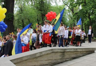 В Кишиневі пройшов ювілейний Марш вишиванок